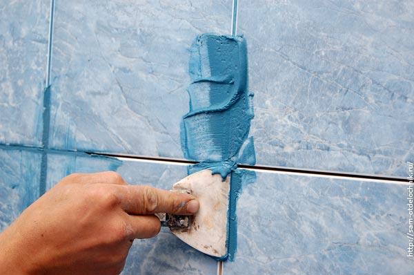 Как сделать затирку швов плитки на стенах